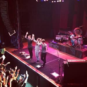 hanson onstage